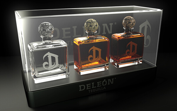 DeLeon Tequila – Glass Case